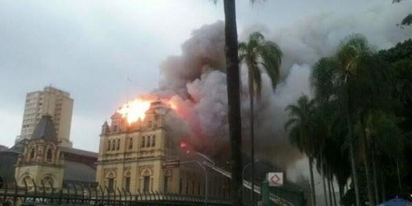 """Famosos lamentam incêndio no Museu da Língua Portuguesa: """"Cena triste"""""""