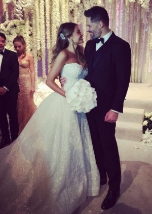 Sofia Vergara e Joe Manganiello se casam em resort na Flórida