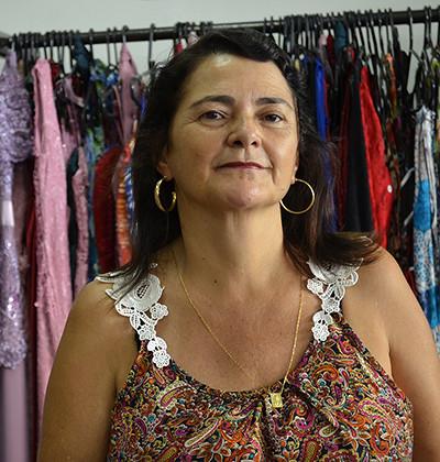"""Eline Maria Bretas de Assis, a """"Nem"""", da loja Realce Modas - Foto Emmanuel Franco (1)"""