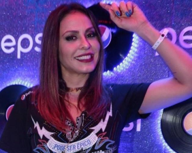 Alinne Rosa enfrenta baixa procura por seus shows