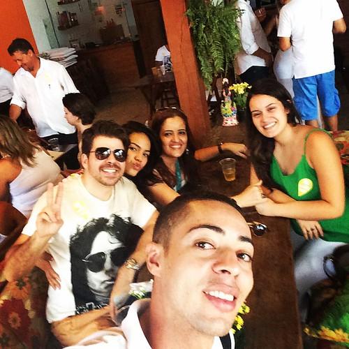 Wesley Schmidt com Lucas Roque, Kellen Garavani Grazi Matos e Laura
