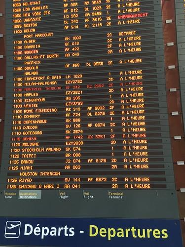 De nombreux avions décollent de l'aéroport parisien aujourd'hui !