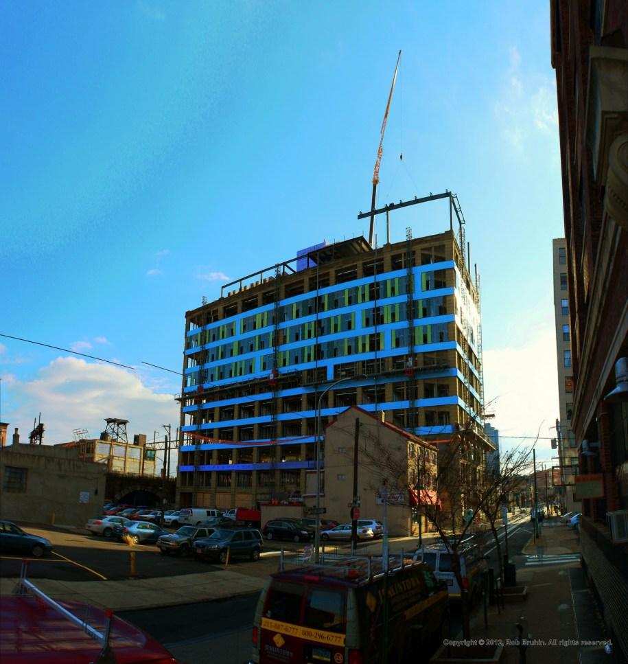 Panorama 2042_hdr_pregamma_1_mantiuk08_auto_luminancecolorsaturation_1_contrastenhancement_1