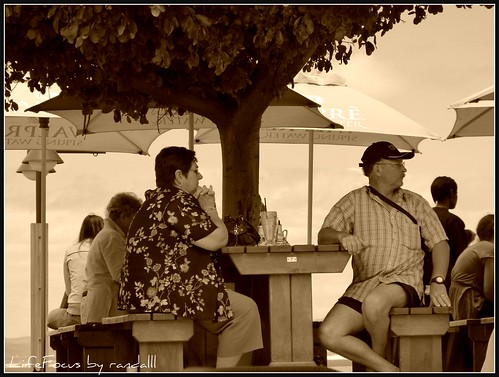 restaurant patrons