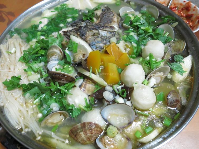 鯛魚鮮味鍋 – Amanda生活美食料理
