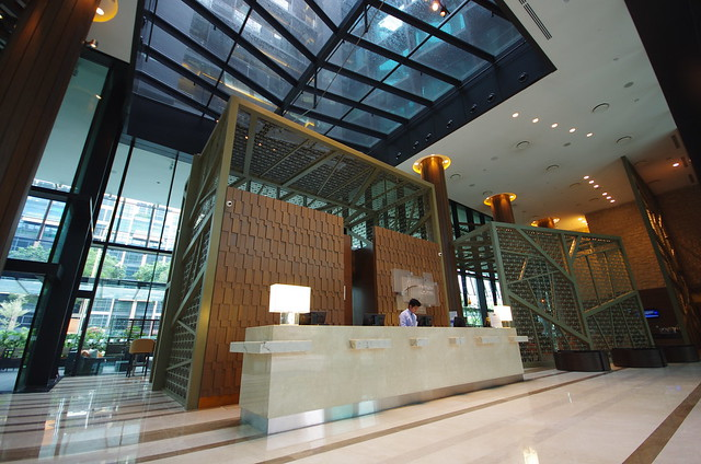 holiday inn express singapore clarke quay lobby