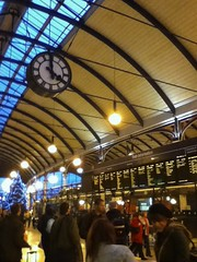 Central Station, Newcastle upon Tyne - 4pm on the concourse