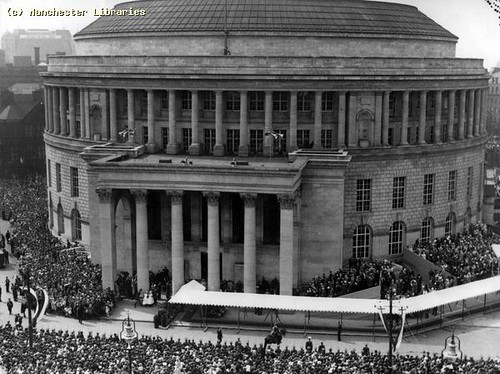 727.8, Central Library Royal Opening