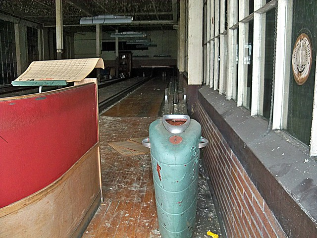 Abandoned Pennsylvania: Certified Bowling, Scranton Lace