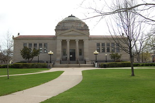 View of Simmons Library from Library Park