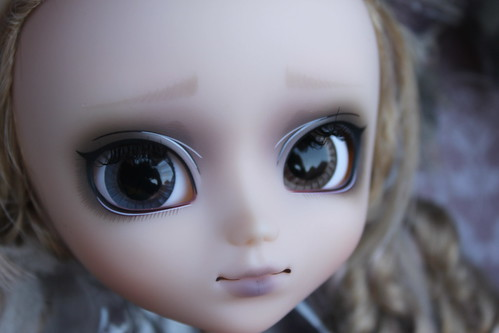 Seila face up