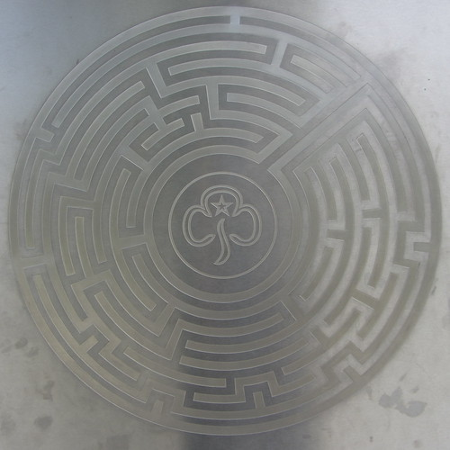 a guide to the girl guides' maze