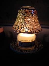 yankee candle lamp