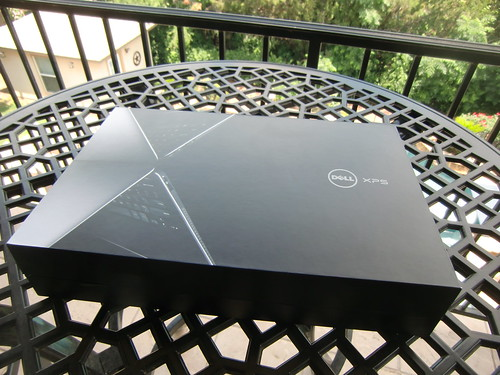 Dell XPS 13 packaging
