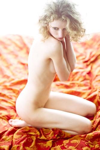 Fredau artistic nude (highkey)