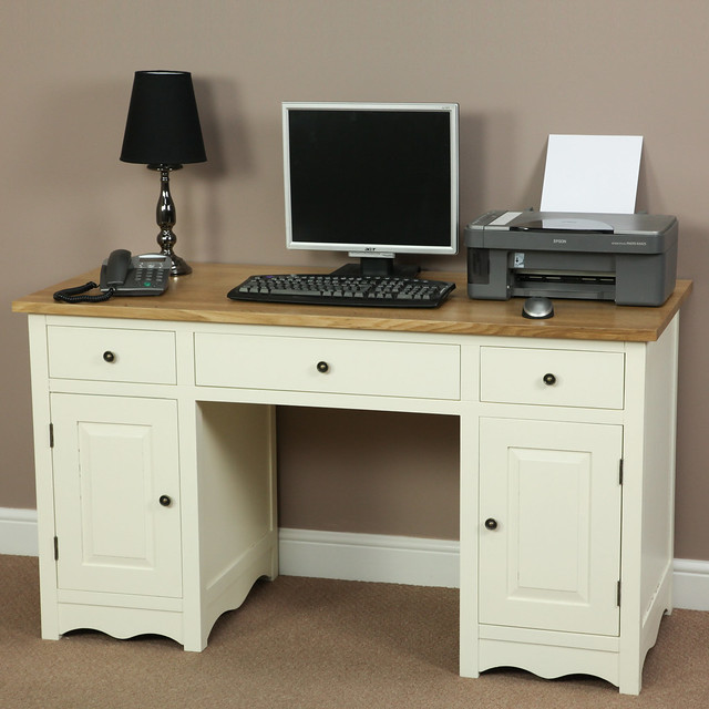 Cotswold Cream Painted Shaker Solid Oak Compact Computer