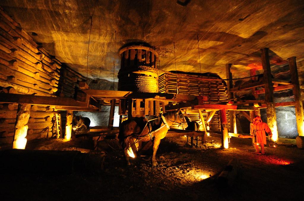 Poland - Wieliczka Salt Mine (12)