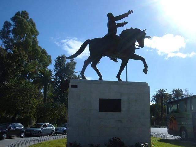 Estatua Simon Bolivar, Sevilla
