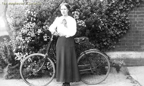 Cycling Dress, 1910