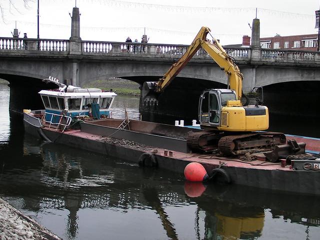 Excavation of River Taff