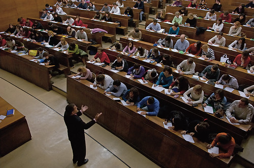 Minder studenten in de lerarenopleiding.