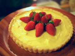 Lemon cream tart with strawberries
