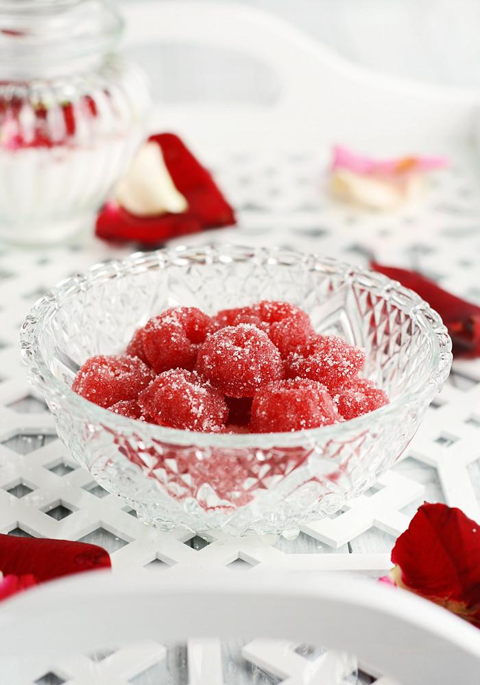 gominolas de frambuesa con azúcar de rosas