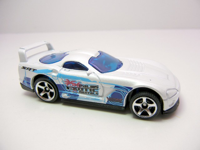 matchbox dodge viper gts-r white race (2)