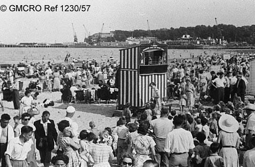 Blackpool beach, c.1930. (GB124.DPA/1230/57).