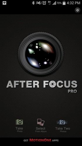 เลือก Select from albumn แล้วเลือกรูปที่ถ่ายออกมา
