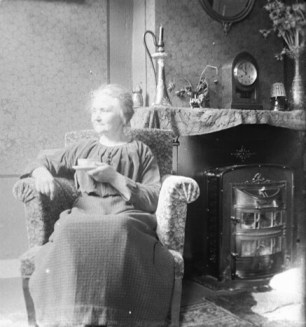 (animated stereo) Tea by the Fire, early 1900s
