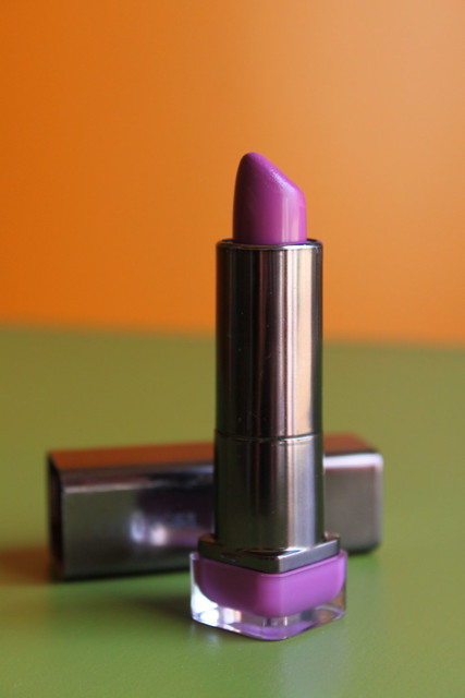 Cover Girl Lip Sensation in Divine