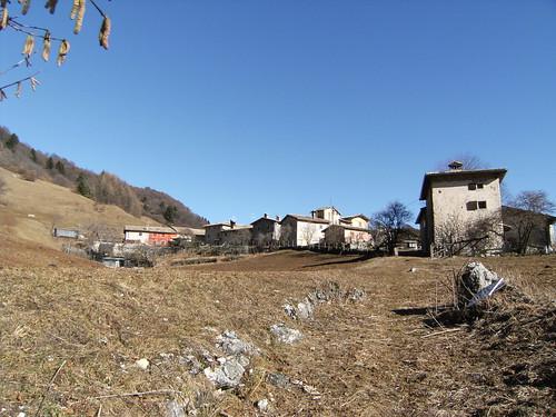 il piccolo borgo di campedello