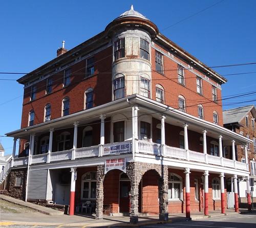 Doyle Hotel Duncannon, PA9