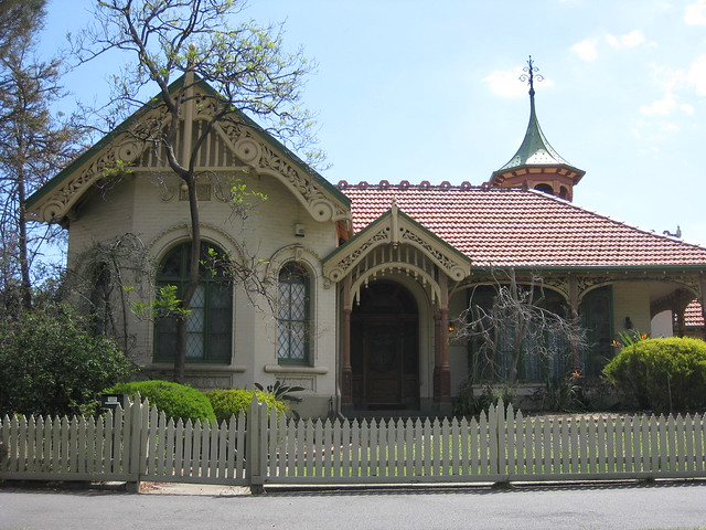 """Nocklofty"" Federation Style Villa - Royal Parade, Parkville"