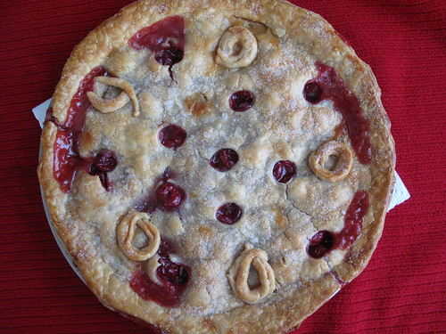 making my first cherry pie: fresh out of the oven