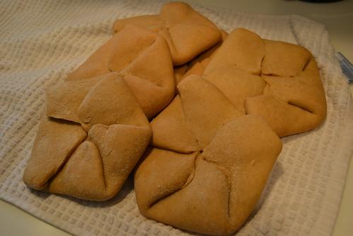 whole wheat sandwich rolls, baked