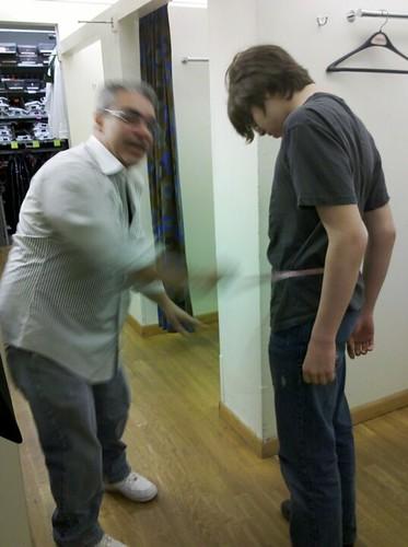 Tux measuring! Curtis!