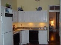 Inexpensive Kitchen Makeover: $30 Under Cabinet Lighting ...