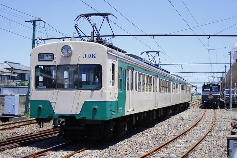 150形 発車