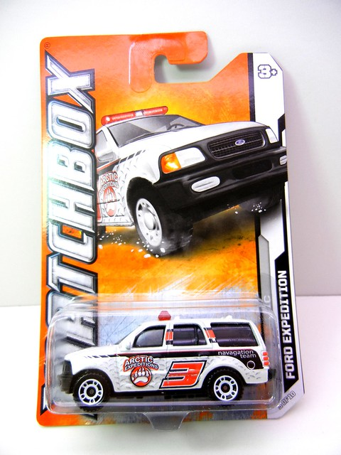 matchbox ford expedition artic (1)