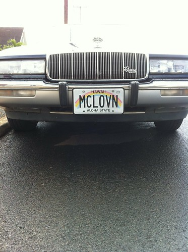 "Vanity Hawaiian license plate - ""MCLOVN"""