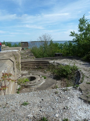 Fort Strong fortifications on Long Island 6