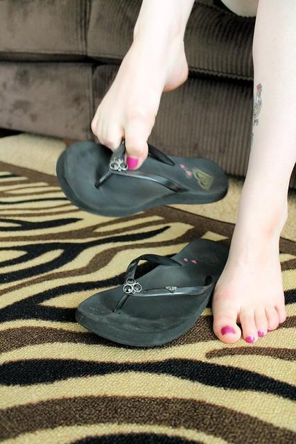 well worn roxy flip flops  an album on Flickr