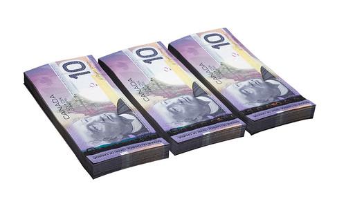 $10 notes/Coupures de 10 $