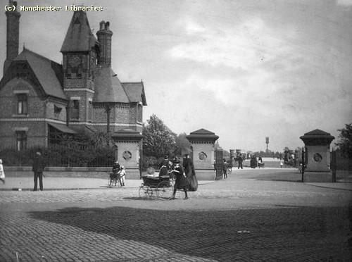 Alexandra Park Entrance, 1900
