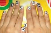 paw print nail art