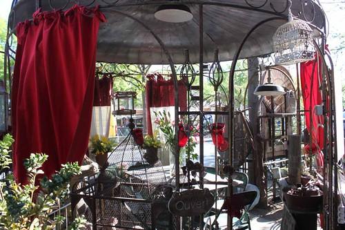 20110410_1379_antique-shop