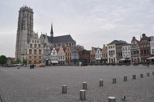 2012.04.29.048 - MECHELEN - Grote Markt - Sint-Romboutskathedraal