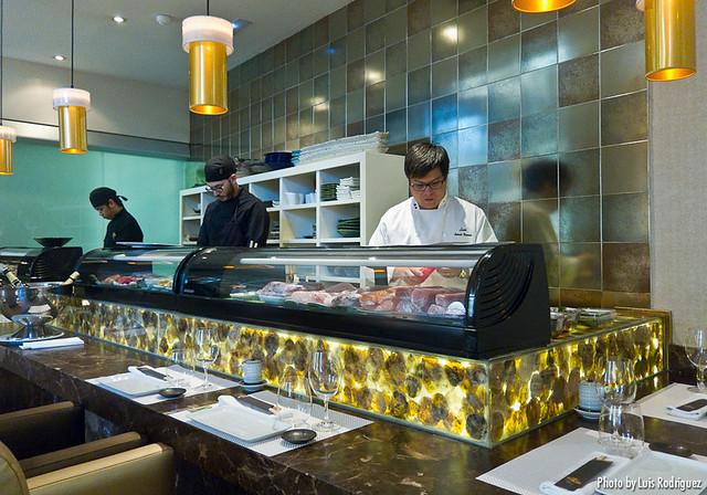 Nikkei 225 cocina japonesa y peruana en armon a profundidad de campo - Nikkei 225 restaurante ...